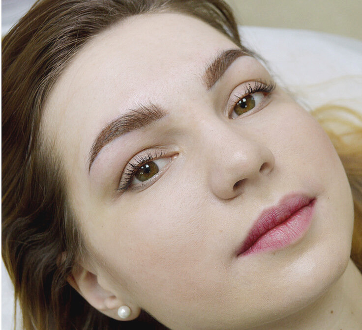 1_-макияж-бровей