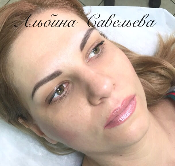 Перманентный макияж бровей в зажившем виде Москва. Мастер татуаж Альбина Савельева